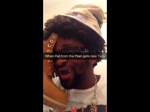 """Pali """" Ek is die man"""" Samuels going crazy after he got his new Tims"""