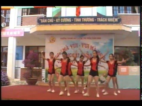 Múa Tuần Giáo: aerobic 8 nguoi