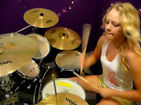 Caitlin  PARAMORE  Born For this  Drum