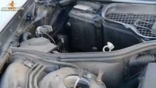 Автомобильный аккумулятор на Mercedes (W221) S500 5.5i + Bosch S5 100Ah R+(Установка аккумулятора Bosch S5 100Ah R+ на Mercedes S500 (W221) 5.5i в киевском сервисном центре компании АЕТ. http://aet.ua., 2015-02-19T08:12:47.000Z)