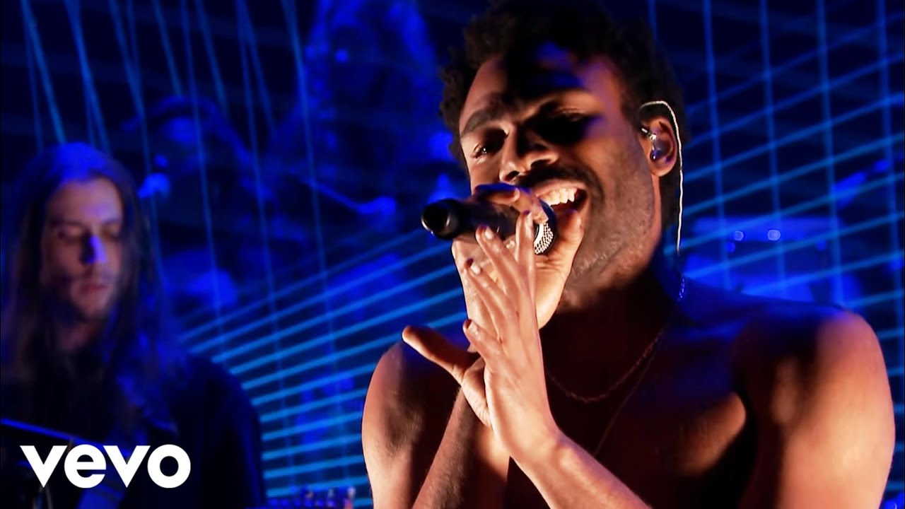 Childish Gambino Redbone Live From The Tonight Show Starring Jimmy Fallon Youtube