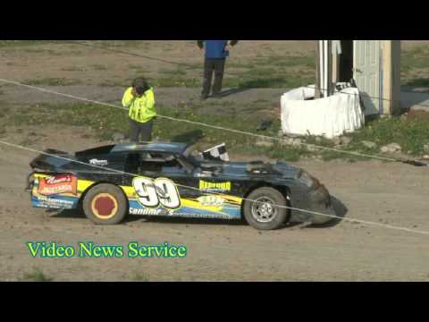 Genesee Speedway opens for the 2017 season