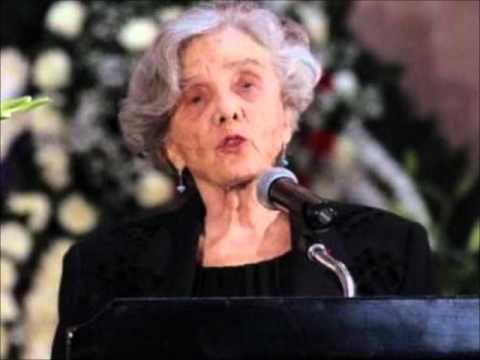 Elena Poniatowska miente en el libro Borges y México