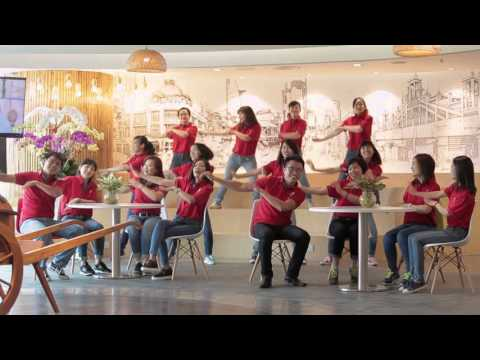 Flash mob Masan - Happy