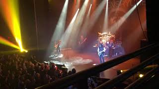 Seen Queensryche last night at the Hard Rock Casino in Biloxi Ms. g...