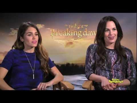 Twilight Breaking Dawn pt.2 Do the Stars Bite Fans?