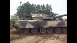 Смотреть всем! Т-80У - красота и мощь на танковом биатлоне в Алабино