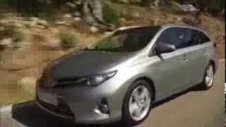 Türkiye'de satışa sunulan Toyota Auris Touring Sports yollarda