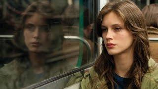 Repeat youtube video Críticamente: Joven y bonita