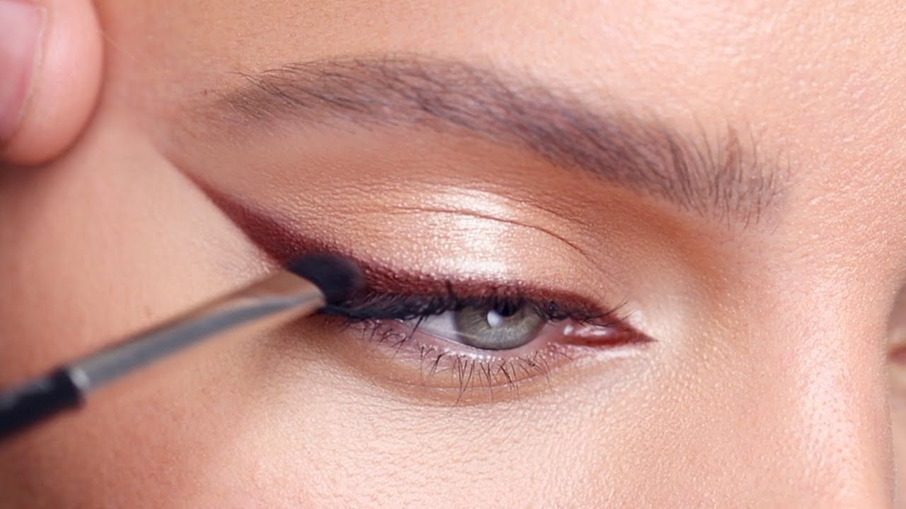 HOW TO: BROWN EYELINER | Hindash