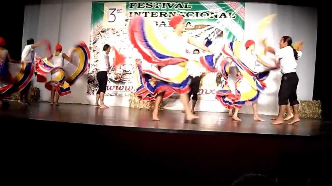 Maestra de baile - 1 7