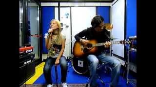 Avril Lavigne Acoustic Medley (Cover) HQ - Giulia Paciotti