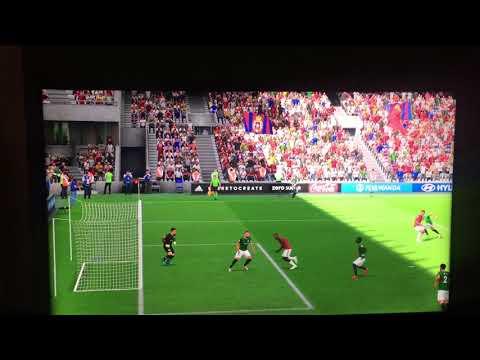 Wspaniały gol fifa19 FUT