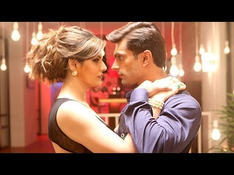 Hate Story 3 | Liplock Scene of Zareen Khan, Sharman Joshi, Daisy Shah In the Movie