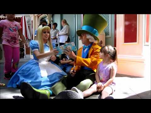 Alice and Mad Hatter - Chitchat