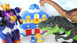 T-Rex Brachiosaurus Attacks! My Friends in Dangers~ GoGo Dinocore~ Dinosaurs Fun toys Movie.