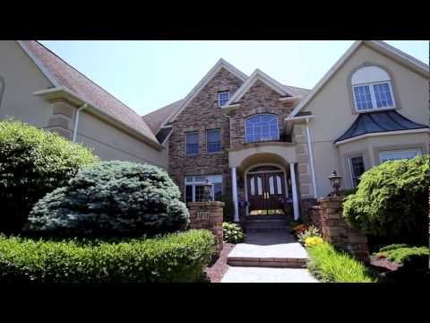Saucon Valley Luxury Home for Sale