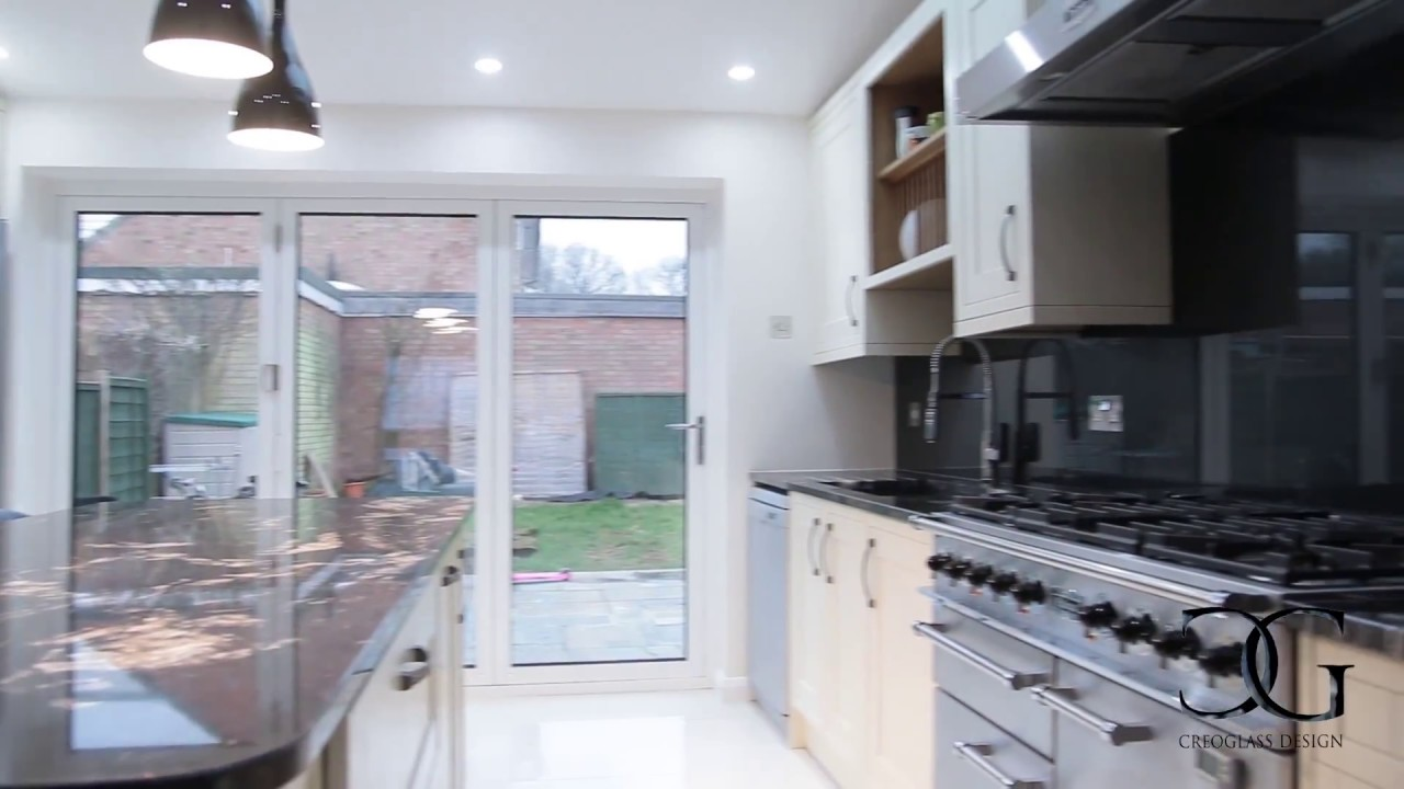 Kitchen Splashbacks The Longest Glass Kitchen Splashback In The Uk Creoglass Youtube