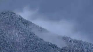 雪が残る春 山形県東置賜郡高畠町