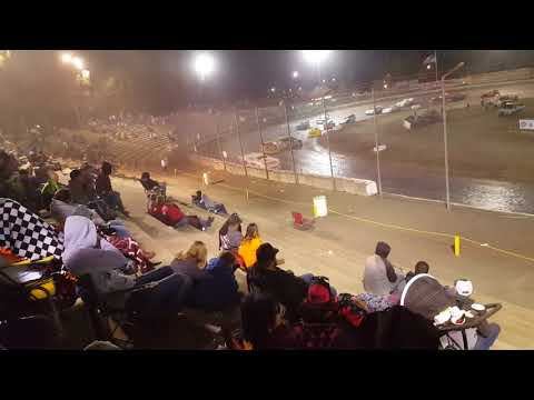It's the bud Nationals at the Bakersfield speedway night #1