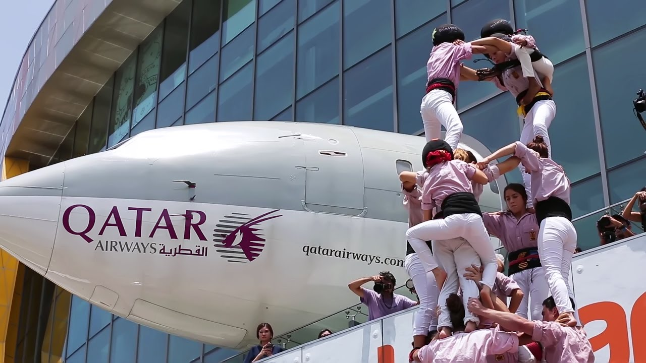 Building the human tower of catalonia in singapore qatar airways building the human tower of catalonia in singapore qatar airways stopboris Image collections