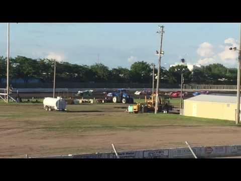 Rob Odegard 6/4/16 Dakota State Fair Speedway Huron SD. Wissota Challenge Series