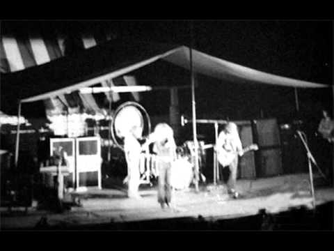 Good Times Bad Times - Led Zeppelin (live New Heaven 1970-08-15)