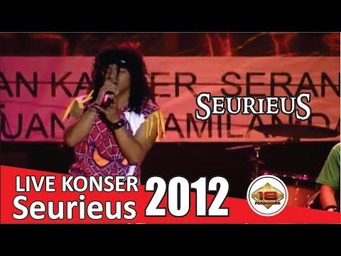 Konser Seurieus Band - Rocker Juga Manusia