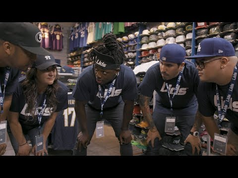 Melvin Gordon Gets A Job At Lids During His Holdout
