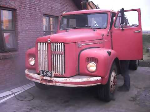 Old Scania 85 super 1971 cold start, -3