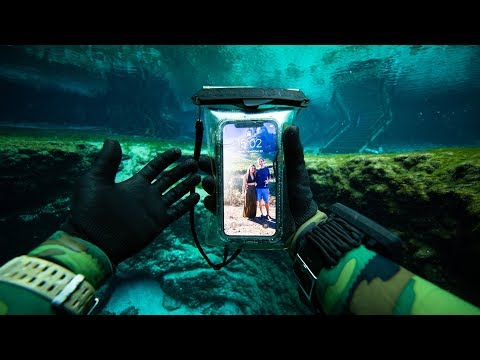 Digital Riggs - Scuba Diver finds working iPhone X