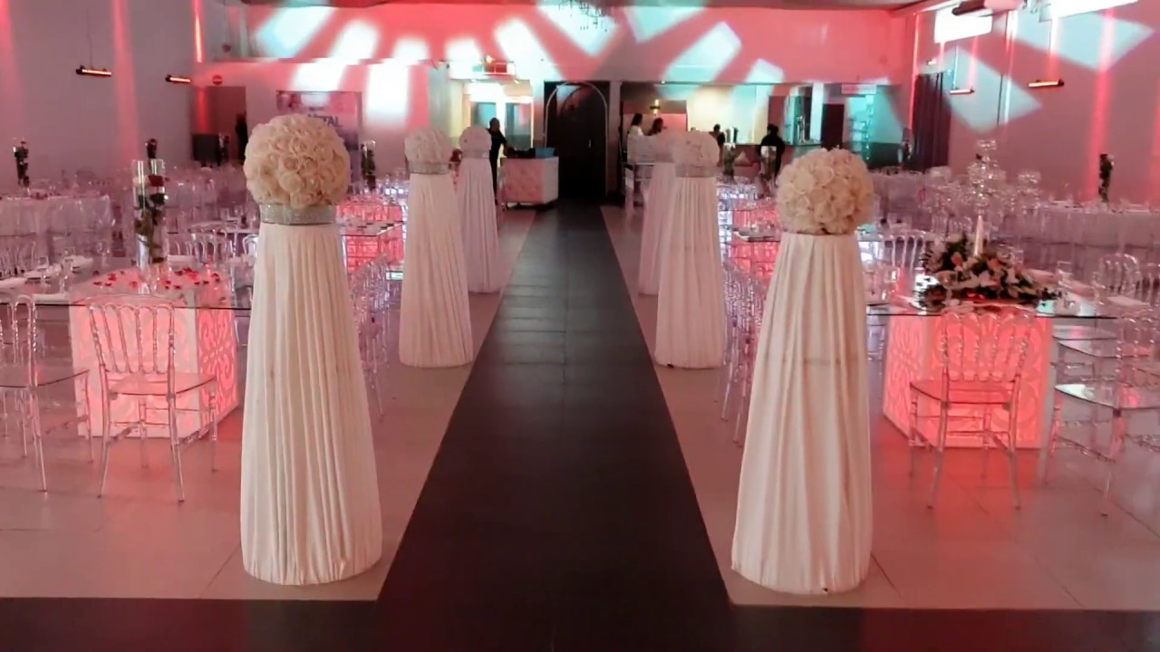 Le Crystal Reception Mariage Avec Entre Des Maries Original