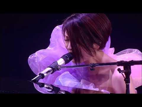 宇多田光 Utata Hikaru - Sakura Drops. 09. WildLife. Life. 2010 YokoHama Arena. December 8-9