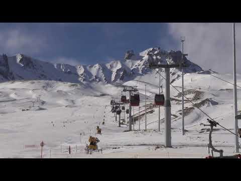Turkey's Erciyes ski resort attracts tourists