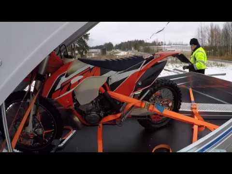 Moottoripyörän Kiinnitys Peräkärryyn