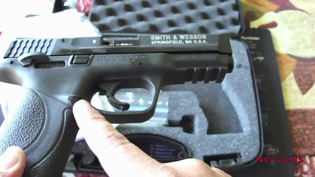 Smith And Wesson 12039 Unboxing: Smith & Wesson M&P 22 Unboxing And Range Footage