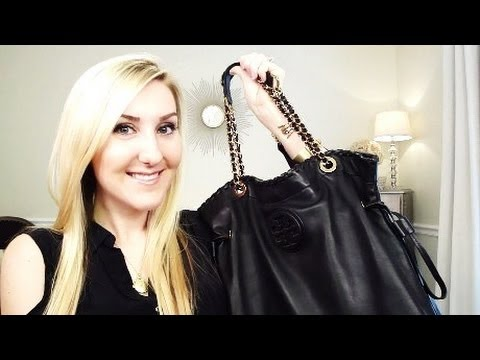 3db52e63c54e What s In My Bag! Tory Burch - YouTube