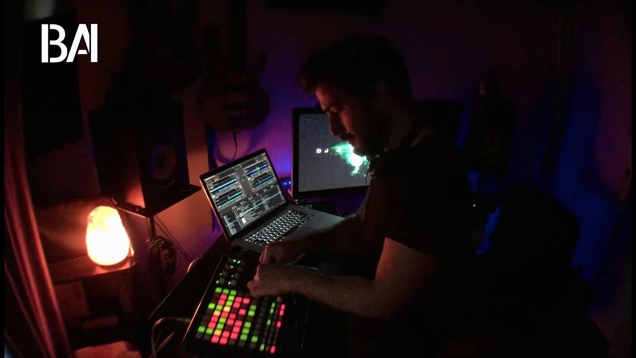 Burak Ayaz - Groovy House Live Mix