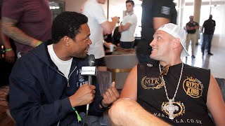Tyson Fury TROLLS Canelo in hotel lobby! | Canelo v Saunders
