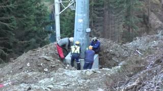 Červenohorské sedlo-Velký Klínovec, montáž podpěr vrtulníkem 2