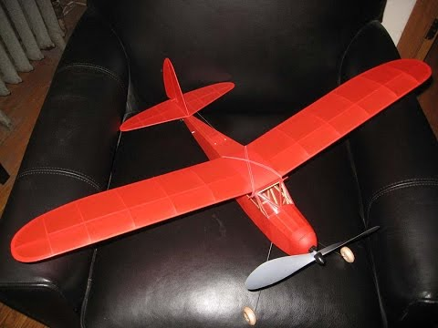 The 'Pacific Ace' oldtime rubber power RC - building