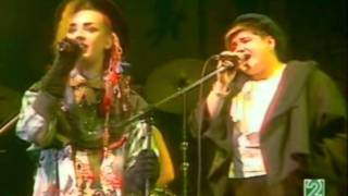 culture club karma chameleon live 1983