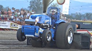 vuclip Tractor & Truck PULLS! - Turbo Sounds, HUGE Engines, Wheelies & More!