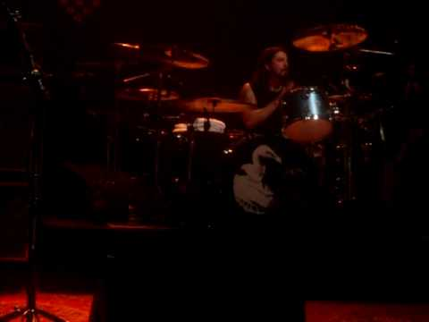 Them Crooked Vultures, End Of JPJ Keyboard Solo HD Hammersmith Apollo 17/12/2009