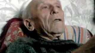 Ветеран рассказывает как на войне погиб его друг.