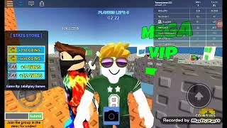 Playing skywars in roblox with yammyamm311 and my new friend in roblox