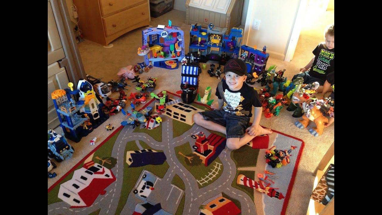 Imaginext Toys Review by 5 yr old David from Family Fun Pack