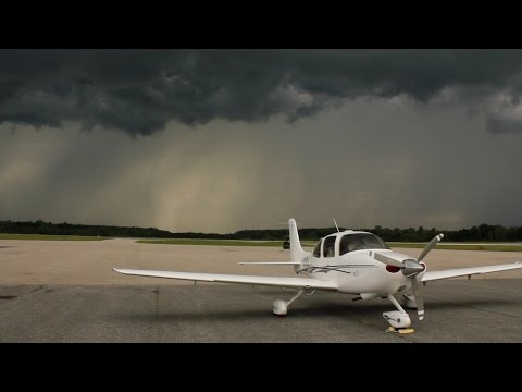 Thunder Storms - Flying to Oshkosh AirVenture 2015 - Fisk arrival - ATC audio