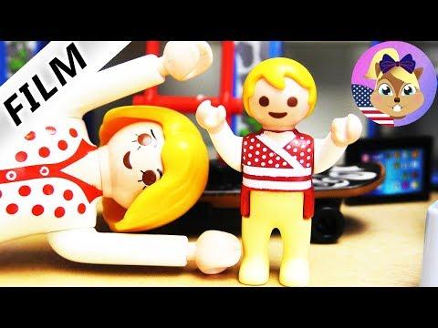 Playmobil Film English - JULIAN, THE GIANT BABY! WORSE THAN EMMA - Smith family Kids Film
