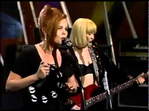 Go Gos Our Lips Are Sealed Live 90 Youtube